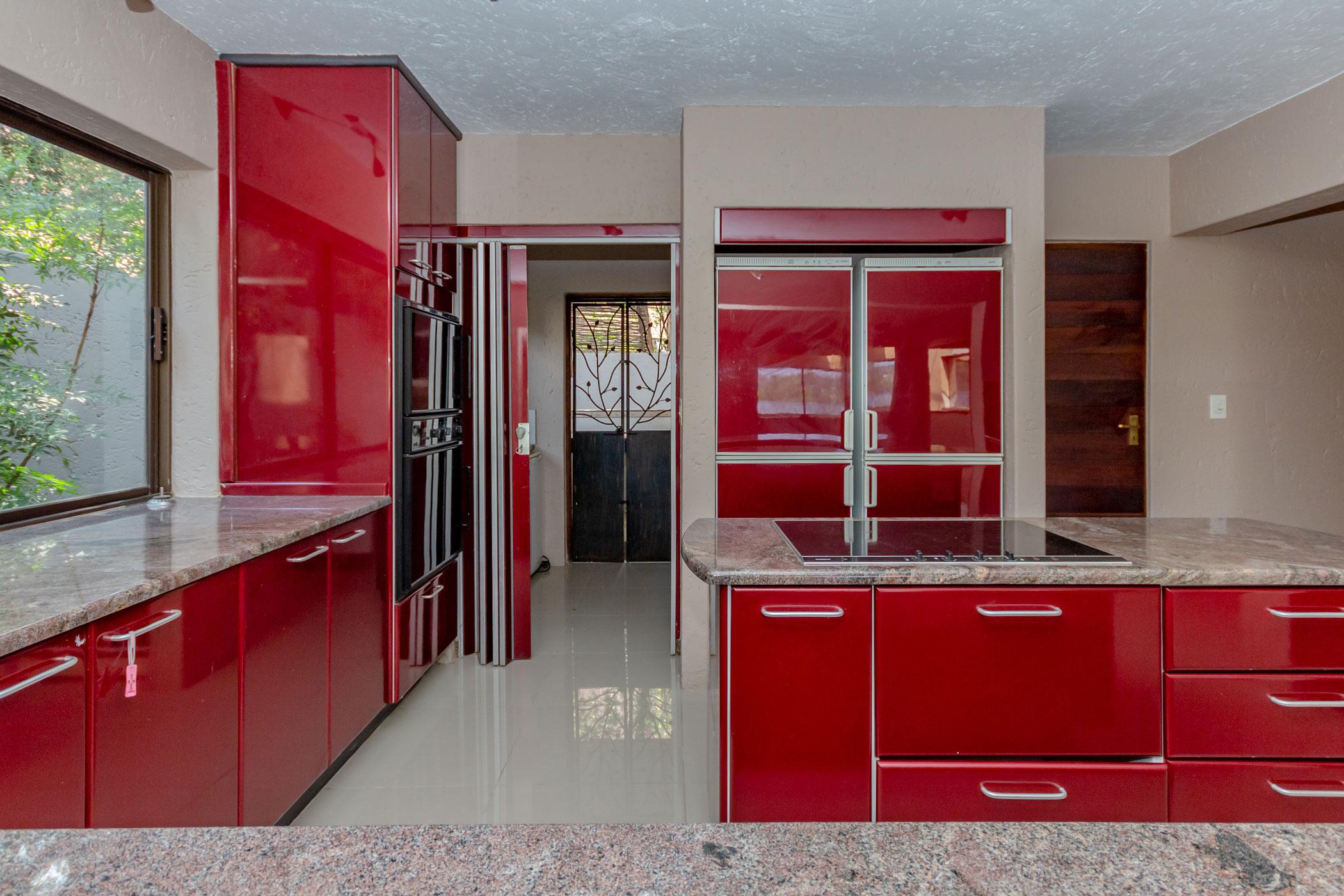 """modern kitchen Dainfern golf estate house on auction"" ""houses for auction Johannesburg"""