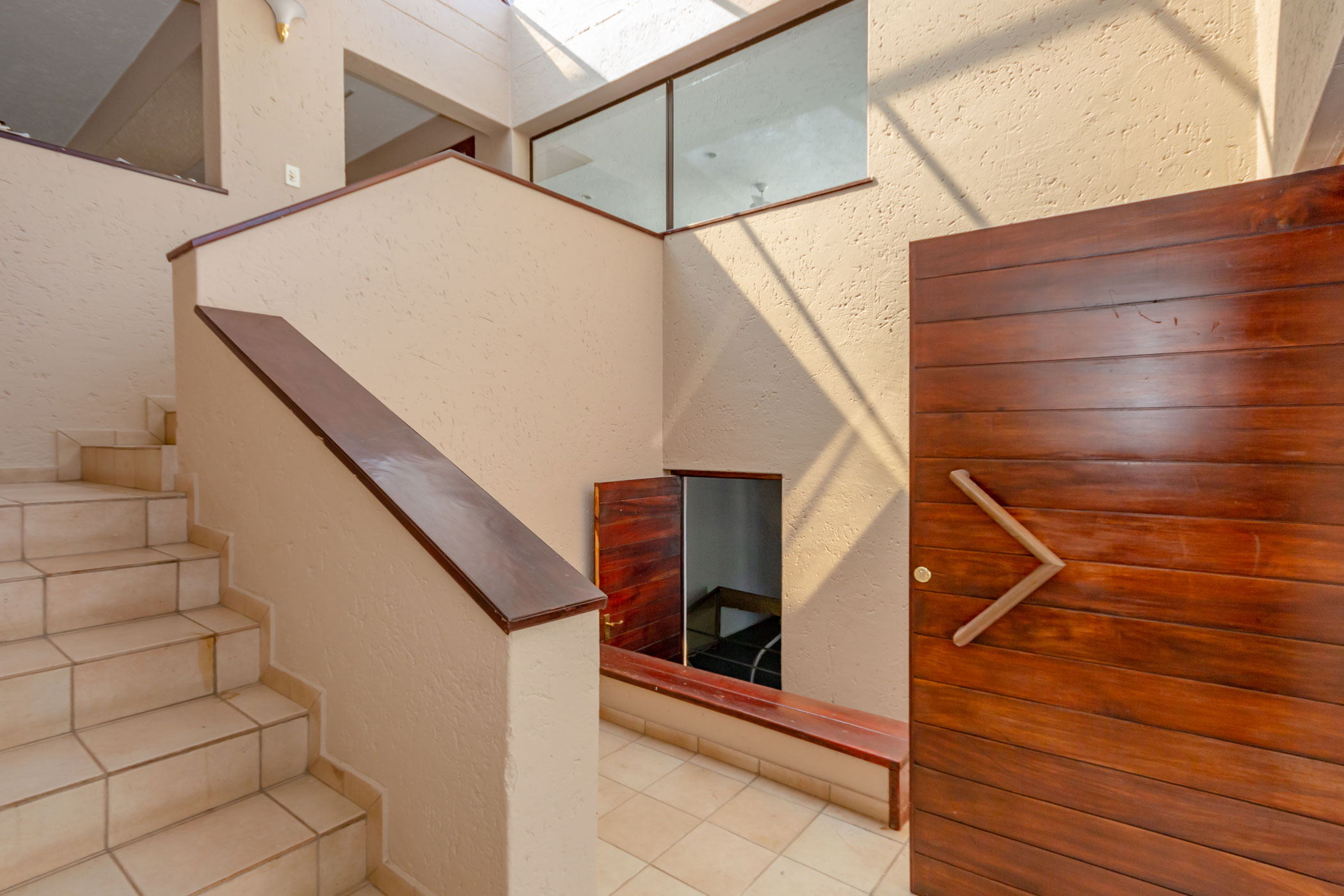 """""""entrance to Dainfern property"""" """"houses for auction Johannesburg"""""""